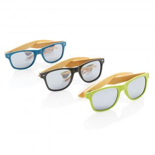 Zonnebril met montuur gemaakt van tarwestro-vezel en pootjes van bamboe. Met UV 400-glazen. Verpakt in kraftpapier-doos.