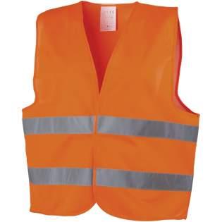Gilet de sécurité haute visibilité catégorie2, convenant aux personnes mesurant 165 à 180cm. Grande surface de marquage à l'avant et au dos du gilet. Vêtement haute visibilité à usage professionnel. Fond fluorescent et bande réfléchissante. Norme EN ISO 20471:2013+A1:2016. Ce vêtement porte le marquage CE certifiant sa conformité à la réglementation européenne 2016/425/EU sur les équipements de protection individuelle de catégorie II.