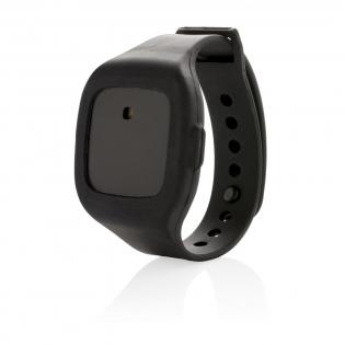 Alarme / garde du corps idéal pour vous sentir en sécurité. Portez-la en bracelet ou utilisez la sangle pour l'attacher à votre sac, votre manteau ou votre ceinture. Vous pouvez facilement déclencher une alarme de 120 dB en cas d'urgence. Le dispositif possède un interrupteur de désarmement dissimulé, de façon à ce que seul l'utilisateur puisse désactiver l'alarme.