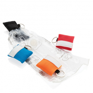 Small CPR face shield for mouth to mouth resuscitation in webbing style pouch with velcro closure and steel keyring. Conform EN 13485:2003.