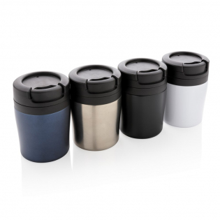 Mug 160ml à double paroi, intérieur en PP, extérieur en acier. Taille compacte (8cm) et idéale pour être placée sous la machine à café et parfait pour les Ristretto, Expresso et café Lungo. Modèle déposé®