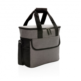 600D two-tone polyester large cooler bag can store up to 20 cans. With 2 mesh side pockets and 1 front pocket.