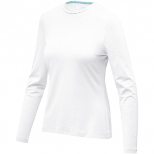 Sustainable promotional apparel. Self fabric collar. Crew neck. Stretch fabric. Pick-Stitch details. Bi-coloured branded shoulder to shoulder tape. Heat transfer main label for tagless comfort.