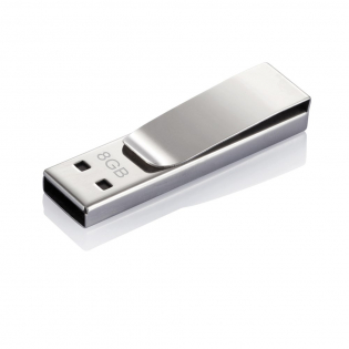 Tag USB stick is a 2.0 memory flash drive which in addition to having a smooth design can easily be clipped on to something to make sure you'll never lose it. Registered design®