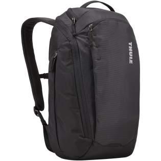 Ausgestattet mit einem großen Hauptfach mit Reißverschluss, einer gepolsterten 15,6-Zoll-Laptop- und einer 10,1-Zoll-Tablethülle. Kommt mit einem hartschaligen Fach zum Schutz von Telefon und Sonnenbrille, seitlichen Taschen mit Reißverschluss für Wasserflasche, Netzteil, Regenschirm oder Schlüssel. Enthält eine Fronttasche mit verstecktem Reißverschluss, eine kleine obere Tasche mit Plüschfutter, gepolstertem Rückenteil mit Luftkanal und Brustgurt zum bequemen Tragen.