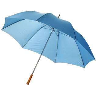 """30"""" golfparaplu met metalen frame, metalen baleinen en houten handvat."""