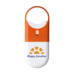 Protective sunscreen lotion (factor 30) in a handy plastic spray stick with vaporizer and large hanging eye. Best before: 12 months after opening. Contents 15 ml. Ingredients: aqua, Octinoxate, Octisalate, Oxybenzone, Titanium dioxide, C12-15 alkyl benzoate, Caprylic/capric triglyceride, Cetearyl alcohol, Isopropyl Myristate, Ceteth-25, Glyceryl stearate, Proplyparaben, Methylparaben, Dmdm hydantoin, Fragrance, Glycerin.