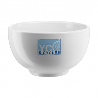 Schaaltje van hoogwaardig, wit keramiek. Onder meer te gebruiken als ontbijtkom of als serveerschaaltje. Vaatwasserbestendig. De opdruk is vaatwasmachine getest en gecertificeerd: EN 12875-2.