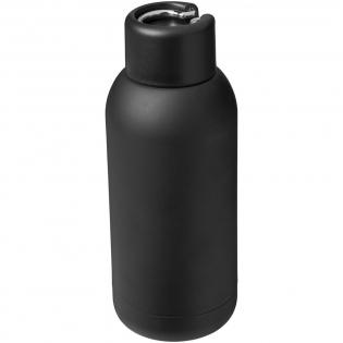 Dankzij de dubbelwandige roestvrijstalen vacuüm constructie met koper isolatie blijft je drankje koud gedurende 15 uur en warm gedurende ten minste 5 uur. De constructie voorkomt ook condensatie aan de buitenkant van de beker. Schroefdeksel met draaglus. De capaciteit is 375ml.