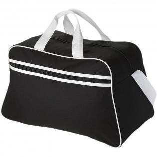 Sporttasche mit Hauptfach mit Reißverschluss und Reißverschlusstasche vorne.