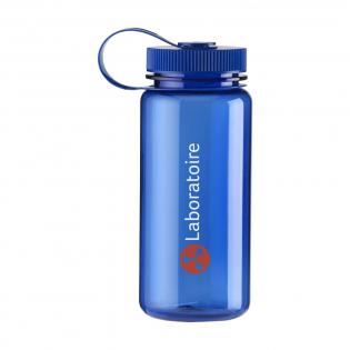 Transparantgekleurde, BPA vrije, AS waterfles met schroefdop en royale drinkopening. Gemakkelijk te reinigen en lekvrij. Inhoud 650 ml.