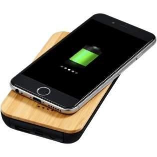 Een duurzamere keuze! De 6000 mAh draadloze power bank is gemaakt van echt bamboe en biologisch katoen. Hij beschikt over een klasse A 6000 mAh lithium-polymeeraccu en is geschikt voor het draadloos opladen van smartphones. Ondersteunt draadloos opladen tot 1A voor apparaten die draadloos kunnen worden opgeladen. Draadloos opladen werkt alleen met smartphones waarbij dit wordt ondersteund. Voor apparaten die geen ondersteuning bieden voor draadloos opladen, is een externe draadloze oplaadontvanger of ontvangstkast vereist. Micro USB-oplaadkabel inbegrepen. Telefoons kunnen ook worden opgeladen met een kabel via de 5V/2A USB-uitgang.