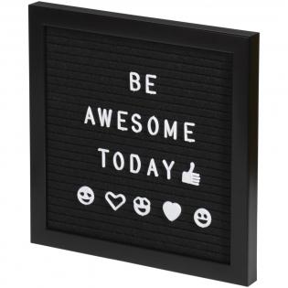 Créez votre propre message avec ce panneau décoratif en feutre. Comprend 170 lettres et symboles. Inclut un coffret cadeau marron.