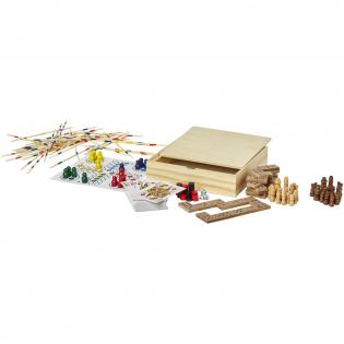 Speel set in een houten doos met verschillende spellen zoals backgammon, schaken, dammen, domino, ludo, mikado en diverse kaartspellen. Instructies inbegrepen.