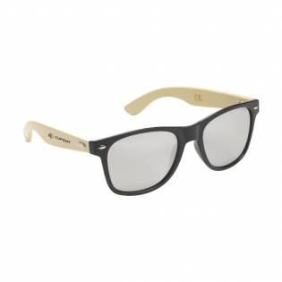 Eco-vriendelijke zonnebril met bamboe pootjes, tarwestro frame en zilverkleurig gespiegelde glazen met UV 400 bescherming (volgens Europese normen).