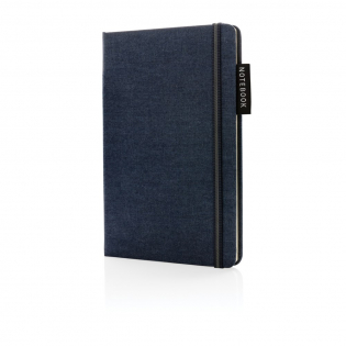 Gelinieerd A5 notitieboek met harde denim kaft. Met elastieken bandsluiting en bladwijzerlint. 160 pagina's van 80 g/m2 binnenin. Crème gekleurde pagina's.