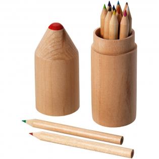 12 Farbstifte in zylinderförmigem Stiftebox aus Holz.