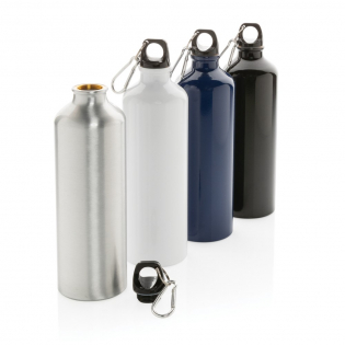 This 750ml XL aluminium bottle is the ultimate lightweight companion when hitting the outdoors. Attach it to any backpack with the handy carabiner. Also perfect when doing sports. For cold water only. BPA free.