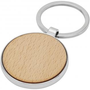 Runder Schlüsselanhänger in Premiumqualität aus Buchenholz mit Metallgehäuse aus Zink Legierung, geliefert in einem braunen Bastelpapierumschlag. Der Durchmesser des Schlüsselanhängers beträgt 4 cm. Hergestellt für Lasergravur.
