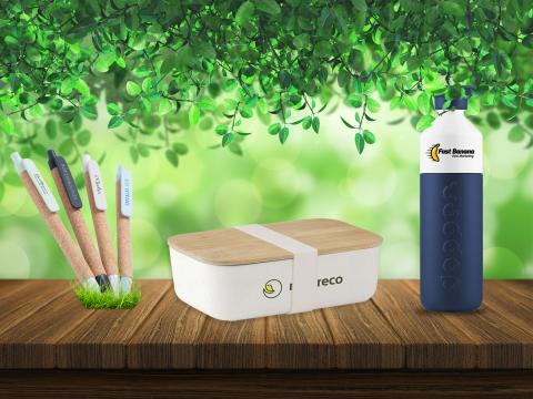Duurzame relatiegeschenken bedrukken. Dopper, bamboe, tarwestro pennen, kurk en veel meer.